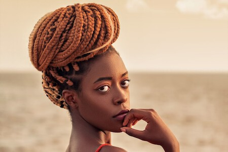 3Classy Hairstyles for Hot Weather